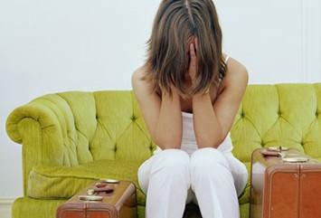 072038_1221_6 أسباب تساقط الشعر عند الرجال والنساء